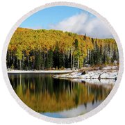 Freeman Lake In Northwest Colorado In The Fall Round Beach Towel