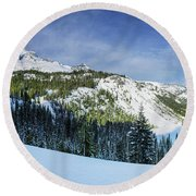 Fresh Snow At Mount Rainier Round Beach Towel