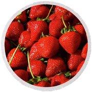 Fresh Strawberries Round Beach Towel