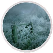 Frosty Night Round Beach Towel