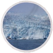 Frozen Beauty Round Beach Towel