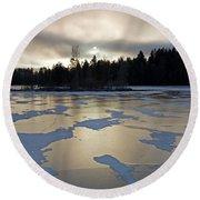 Frozen Lake Round Beach Towel