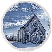 Frozen Land Round Beach Towel