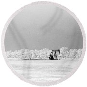 Frozen Oil Field Round Beach Towel