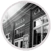 Full Moon Cafe Round Beach Towel
