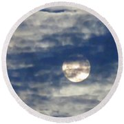 Full Moon In Gemini With Clouds Round Beach Towel