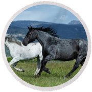 Galloping Through The Scenery In Wyoming Round Beach Towel