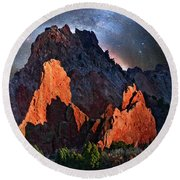 Garden Of The Gods Fantasy Art Round Beach Towel