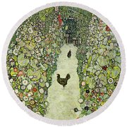 Garden With Chickens Round Beach Towel