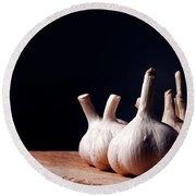 Garlic Bulbs On Wooden Table Round Beach Towel