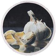Garlic I Round Beach Towel