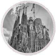 Gaudi La Sagrada Blk Wht Round Beach Towel