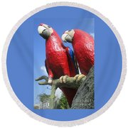 Giant Macaws Round Beach Towel