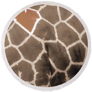 Giraffe Love Round Beach Towel
