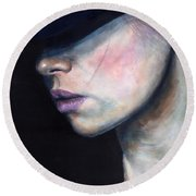 Girl In Black Hat Round Beach Towel