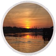Glory Of The Morning On The Water Round Beach Towel
