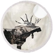 Going Wild Moose Round Beach Towel