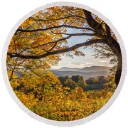 Vermont Framed In Gold Round Beach Towel