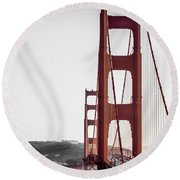 Golden Gate Black And Red Round Beach Towel