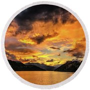 Golden Glow Sunset At Summit Cove Round Beach Towel
