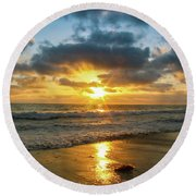 Golden Hour At Grandview Round Beach Towel