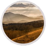 Grandfather Mountain Sunset - Moses Cone Blue Ridge Parkway Round Beach Towel