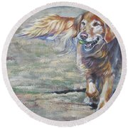 Golden Retriever Play Time Round Beach Towel