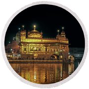 Golden Temple Punjab India Night With Reflection Round Beach Towel
