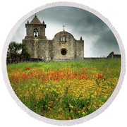 Goliad In Spring Round Beach Towel