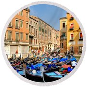 Gondolas In The Square Round Beach Towel