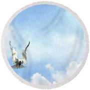 Grace In Flight - The Tern Round Beach Towel