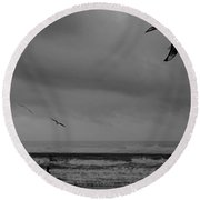 Grainy Wind Surf Round Beach Towel