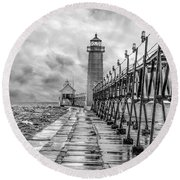 Grand Haven Lighthouse - Monochome Round Beach Towel