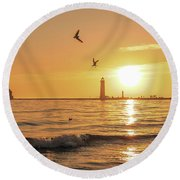 Grand Haven Lighthouse Sunset Round Beach Towel