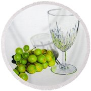 Grapes And Crystal Round Beach Towel