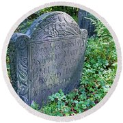 Grave Of Mary Hall Round Beach Towel