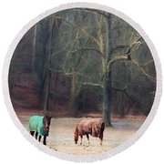 Grazing In West Chester, Pa Round Beach Towel