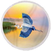 Great Blue Heron At Sunset Round Beach Towel