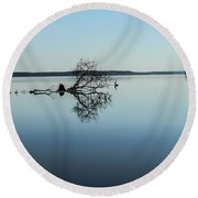Great Blue Heron Reflections Round Beach Towel