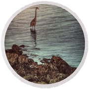 Great Blue Hunting At Dusk Round Beach Towel