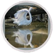 Great Egret Lifting Off Round Beach Towel