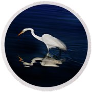 Great Egret-self Reflections Round Beach Towel