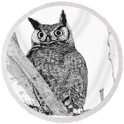 Great Horned Owl In A Tamarisk Round Beach Towel