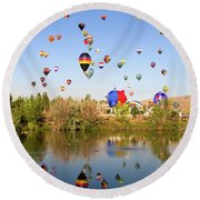 Great Reno Balloon Races Round Beach Towel
