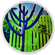 Green Fence Round Beach Towel