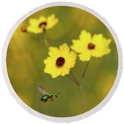Green Metallic Bee Round Beach Towel
