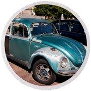 Green Old Vintage Volkswagen Car Round Beach Towel