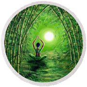 Green Tara In The Hall Of Bamboo Round Beach Towel