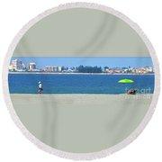 Green Umbrella Round Beach Towel