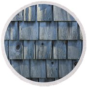 Grey Cedar Shingles On An Old Barn Round Beach Towel